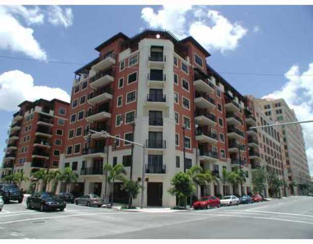 100 Andalusia Avenue, Unit 711 Image #1