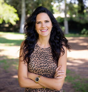 Sophie Marquart,                       Agent in Los Angeles - Compass