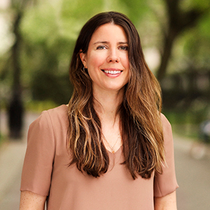 Megan Eisenberg,                       Agent in NYC - Compass