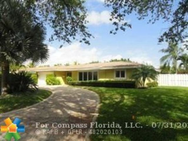 2231 Northeast 34th Court Lighthouse Point, FL 33064