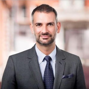 David Lazazzera,                     Agent in NYC - Compass