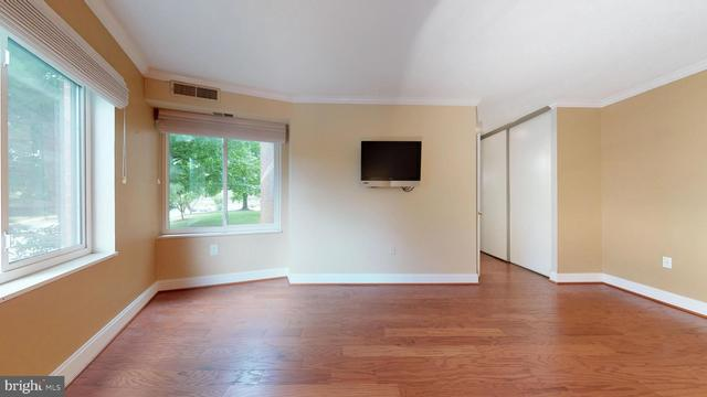 8380 Greensboro Drive, Unit 126 McLean, VA 22102