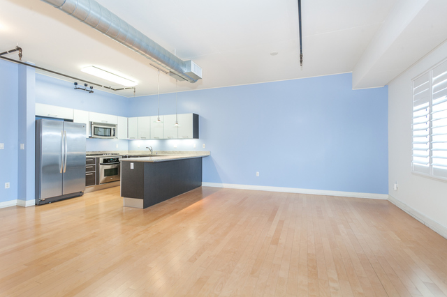 645 West 9th Street, Unit 643 Los Angeles, CA 90015