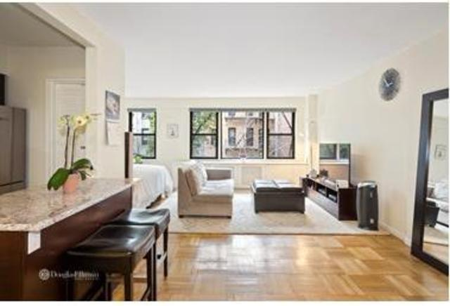 345 East 52nd Street, Unit 4A Image #1