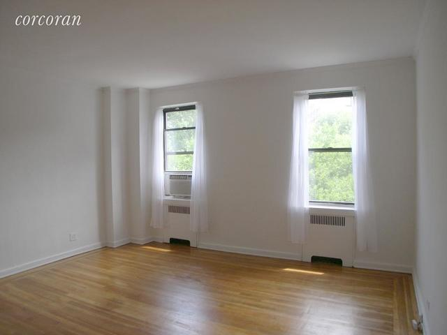 159-34 Riverside Drive West, Unit 3G Image #1