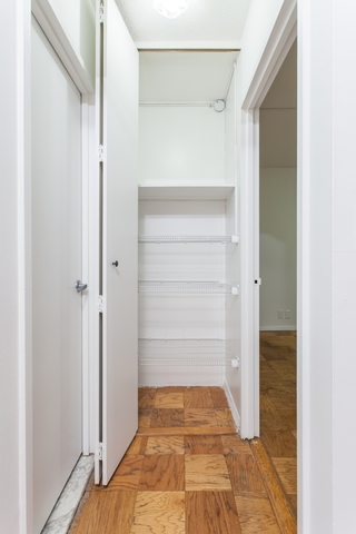 400 East 54th Street, Unit 14D Image #1
