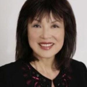 Lillian Ng,                     Agent in San Francisco - Compass