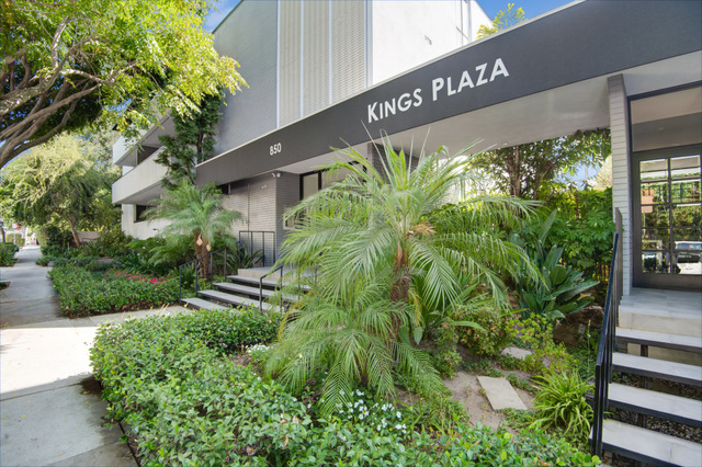 850 North Kings Road, Unit 207 West Hollywood, CA 90069
