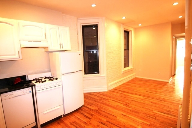 338 West 17th Street, Unit 3A Image #1