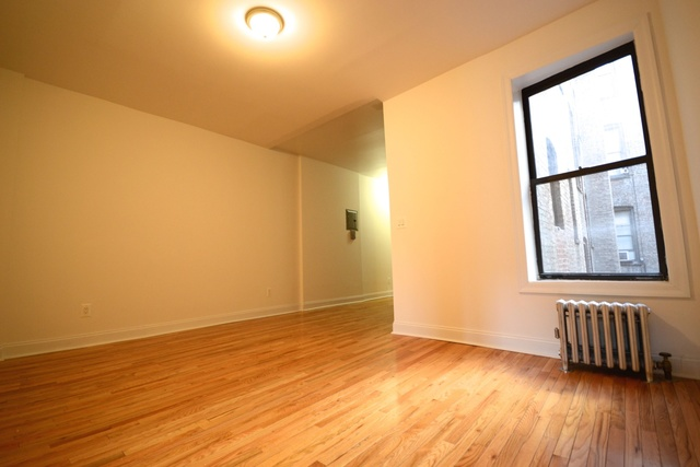 250 Pacific Street, Unit 10 Image #1