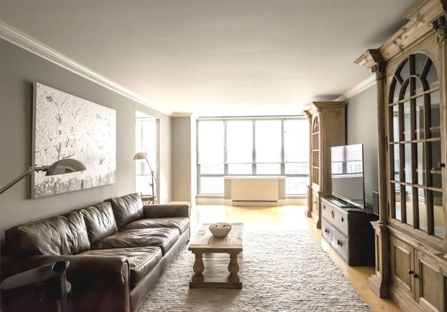 2 Columbus Avenue, Unit 37A Image #1