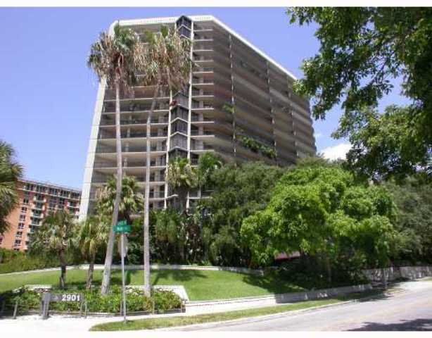 2901 South Bayshore Drive, Unit 15A Image #1