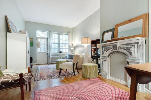 515 East 82nd Street, Unit 1D Image #1