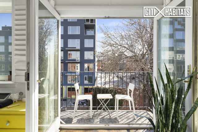 46 Lefferts Place, Unit 4B Brooklyn, NY 11238