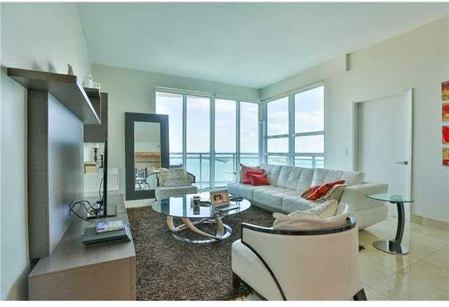 950 Brickell Bay Drive, Unit 4511 Image #1