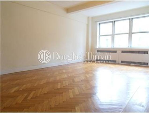 10 West 74th Street, Unit 2F Image #1