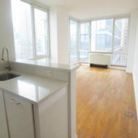 635 West 42nd Street, Unit 14F Image #1