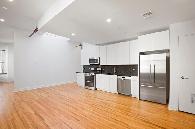 281 Grand Street, Unit 5A Image #1
