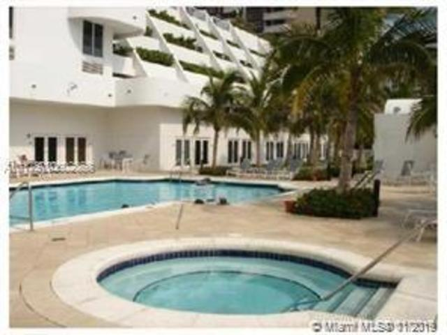 6365 Collins Avenue, Unit 1211 Miami, FL 33141