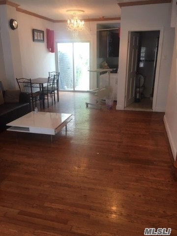 91-07 139th Street Queens, NY 11435