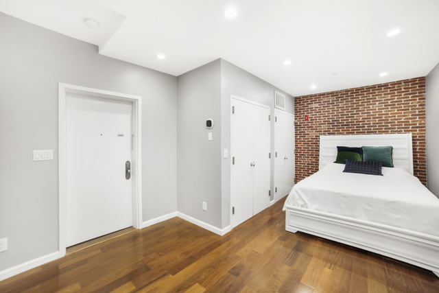 90 North 5th Street, Unit 1C Brooklyn, NY 11249