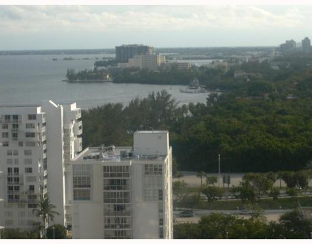 2333 Brickell Avenue, Unit 2114 Image #1