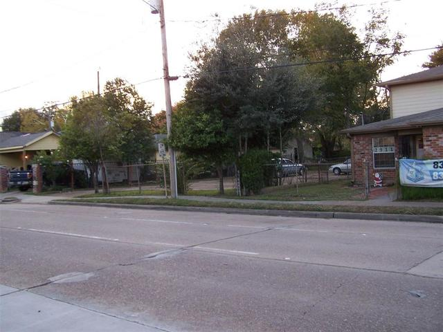 2911 Hardy Street Houston, TX 77009
