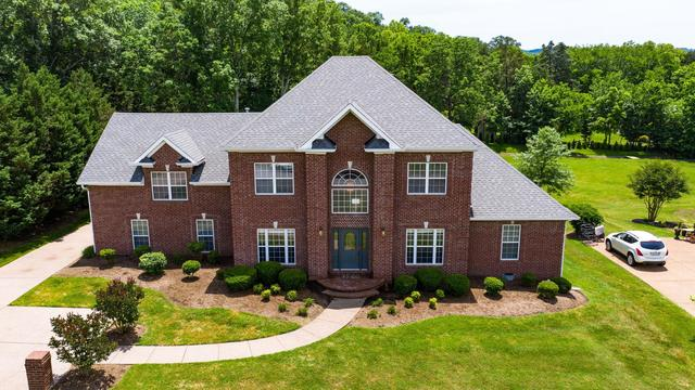 5808 Chaseview Road Nashville, TN 37221