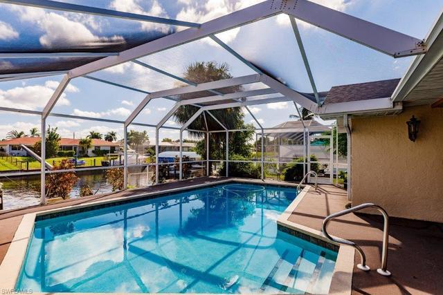 3715 Southeast 16th Place Cape Coral, FL 33904