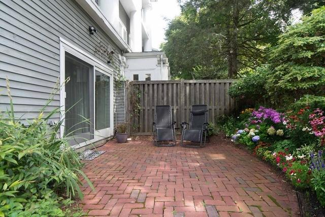 60 Ober Road, Unit 60 Newton Center, MA 02459
