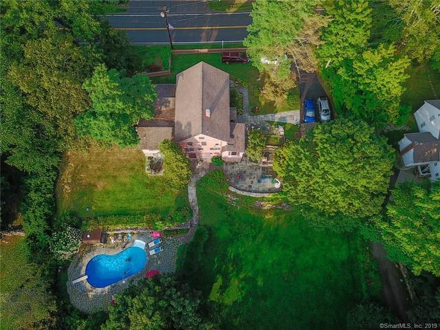 152 Whisconier Road Brookfield, CT 06804