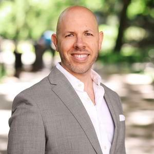 Ryan Gloor,                       Agent in NYC - Compass