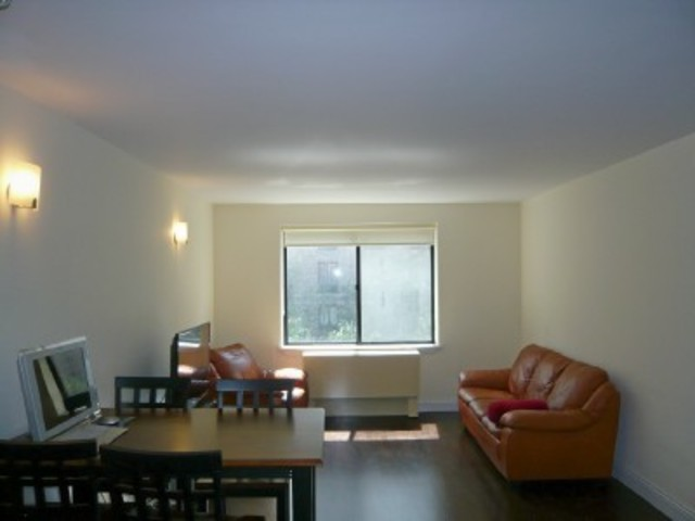 300 Rector Place, Unit 4O Image #1