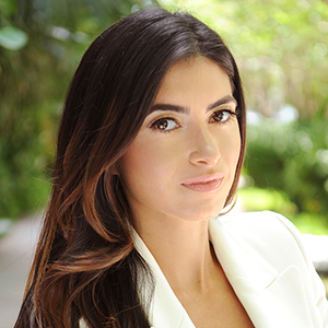 Giordana Spaeidi,                       Agent in Miami - Compass