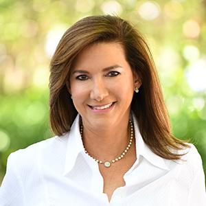 Iliana Abella,                       Agent in Miami - Compass