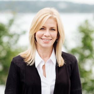 Cindy Kelly,                     Agent in Seattle - Compass