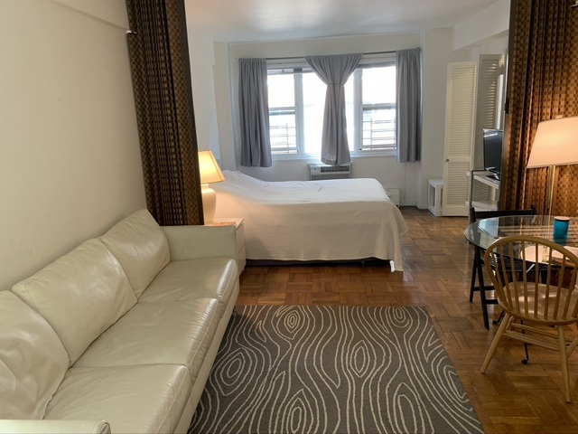 315 East 69th Street, Unit 3M Manhattan, NY 10021