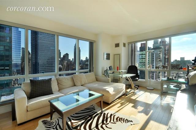 350 West 42nd Street, Unit 26K Image #1