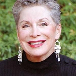 Joy Pratt-Madrid,                     Agent in San Francisco - Compass
