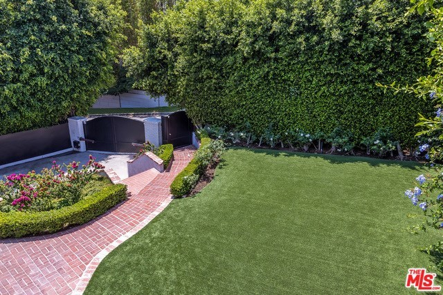 1118 North Wetherly Drive Los Angeles, CA 90069
