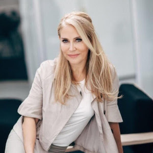 Monet Berger, Agent in Los Angeles & Orange County - Compass