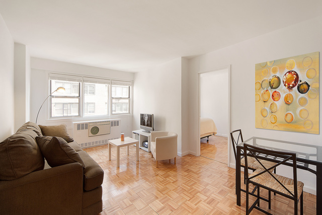 245 East 35th Street, Unit 9A Image #1