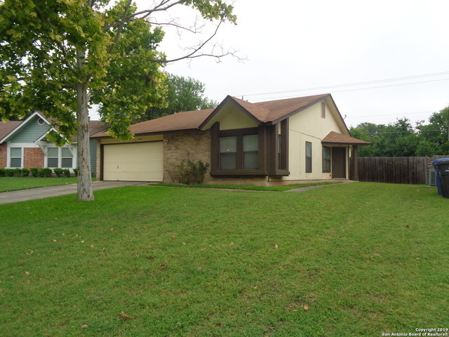 6018 Valley Lawn San Antonio, TX 78250
