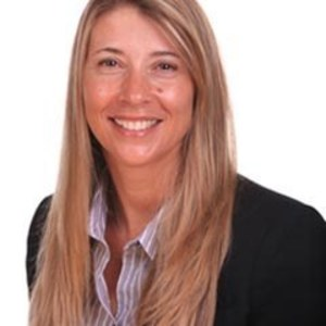 Becky Layton,                     Agent in San Francisco - Compass