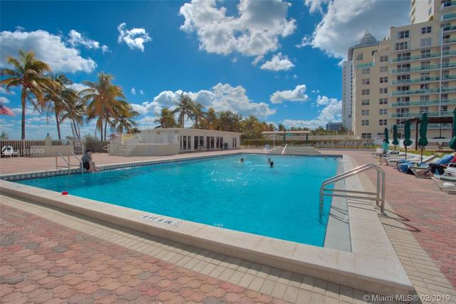 5005 Collins Avenue, Unit 1402 Miami Beach, FL 33140