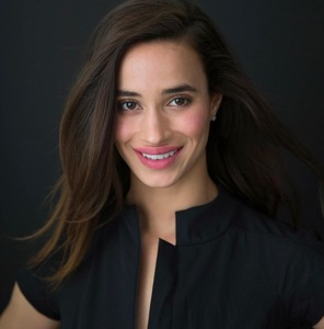 Danielle Ferrazzano,                     Agent in Los Angeles - Compass