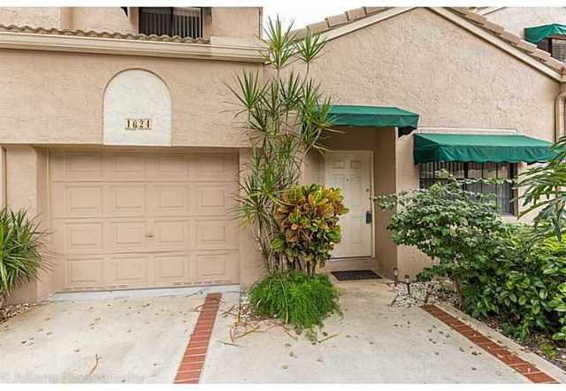 1624 Cypress Pointe Drive, Unit 211 Image #1
