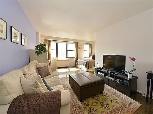 200 East 27th Street, Unit 3X Image #1