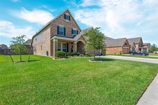 4107 Cypress Point Mont Belvieu, TX 77523
