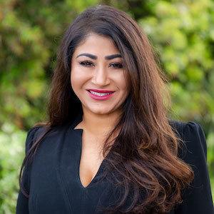 Sonia Azizi, Agent in San Diego - Compass